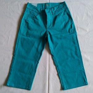 New RIders by Lee Capri Pants Turquoise Size 6|M